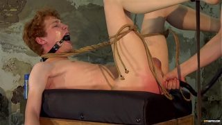 Dominant twink barebacks his sub after restraining him