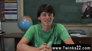 Hot twink Jeremy Sommers is seated at a desk and an interview is
